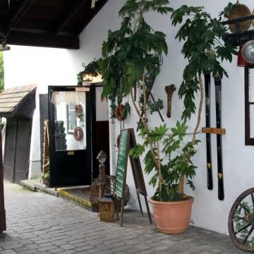 Eingang Redinger